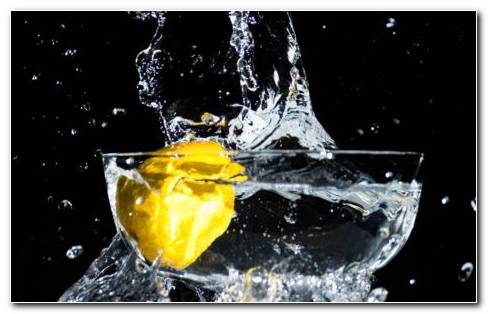 Lemon And Water Detox HD Wallpaper