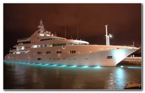 Luxury Yachts HD Wallpaper