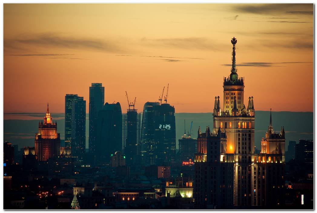 Moscow Sunset Wallpaper