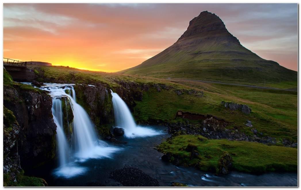 Mountain Sunset Wallpaper Background