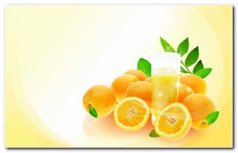 Oranges With Juice HD Wallpaper