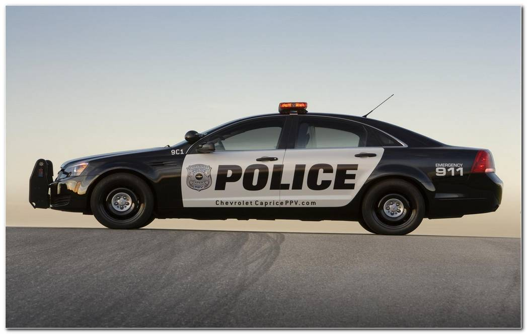 Police Car Wallpapers 1680x1050 (2)
