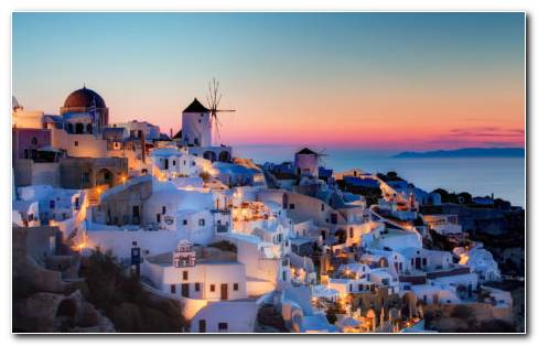 Santorini City HD Wallpaper