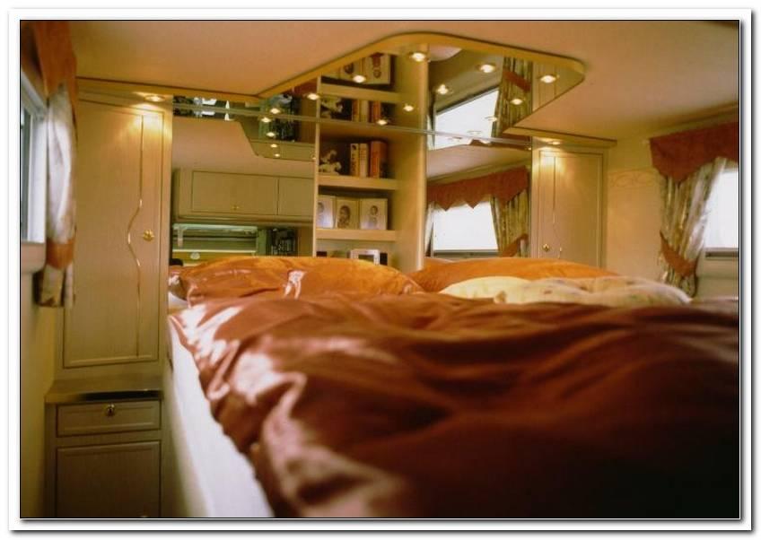 Schlafzimmer ?Ber Garage