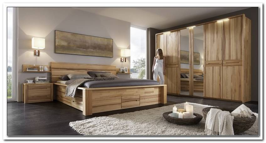 Schlafzimmer Massiv