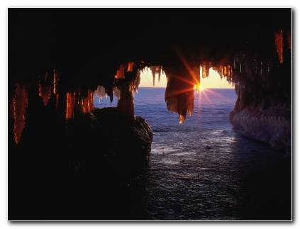 Sea Caves Apostle Islands Wallpaper