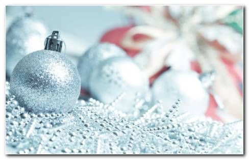 Silver Christmas balls HD wallpaper