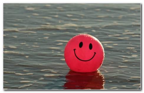 Smiling balloon HD wallpaper