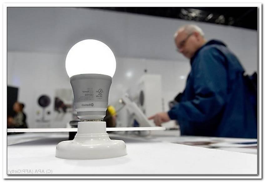 Spart Man Mit Led Lampen