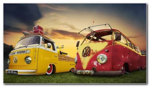 Vintage Volkswagen Bus At Sunset HD Wallpaper