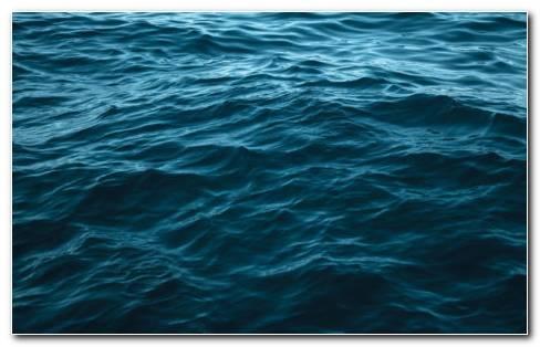 Water Waves HD Wallpaper