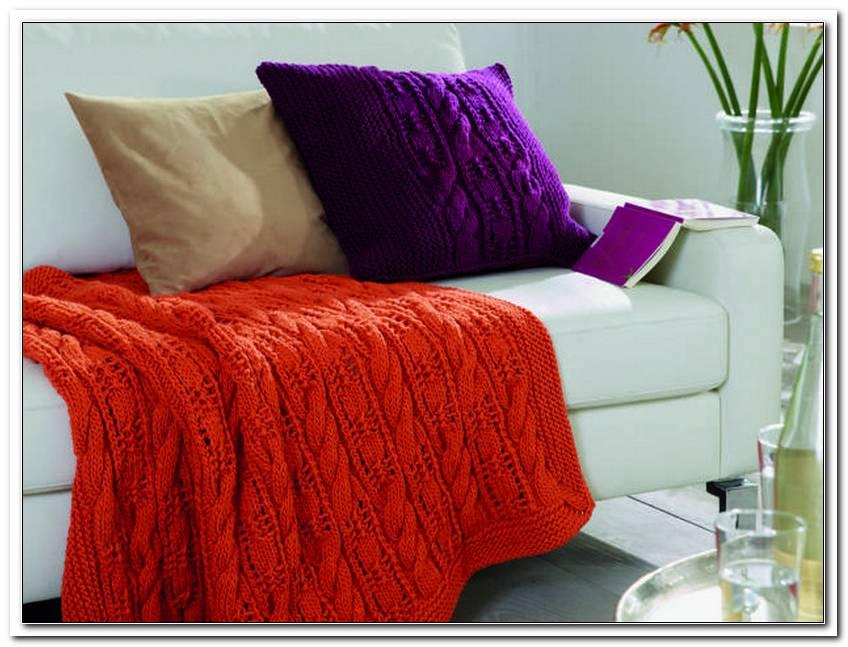 Wohnzimmer Kissen Und Decken
