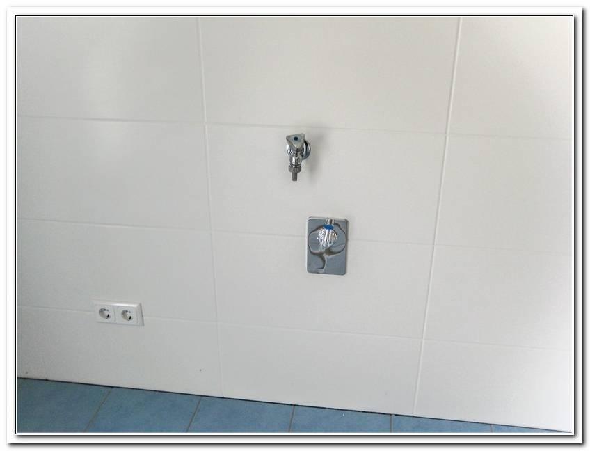 Abfluss Unter Der Badewanne Verstopft