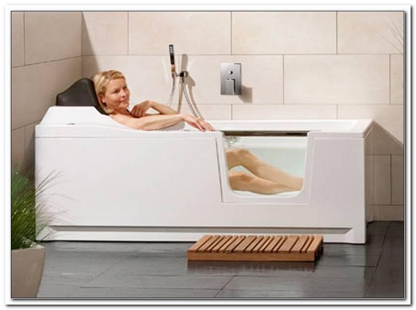 Altersgerechte Badewanne T?reinstieg
