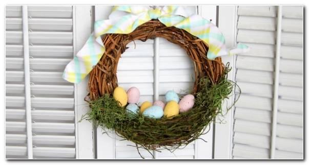 Corona Huevos Pascua Manualidades