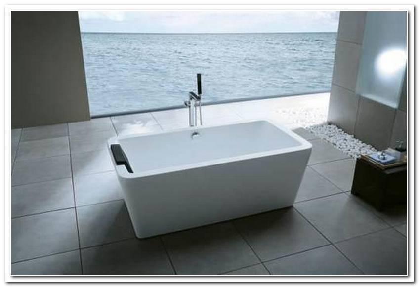 Freistehende Badewanne 1600