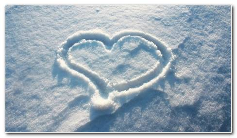 Heart In The Snow 21086