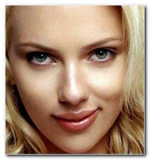 Mujeres Famosas Scarlett Johansson Resized