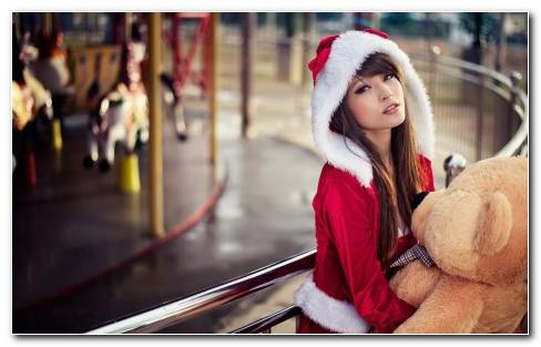 Santa Girl With I Teddy
