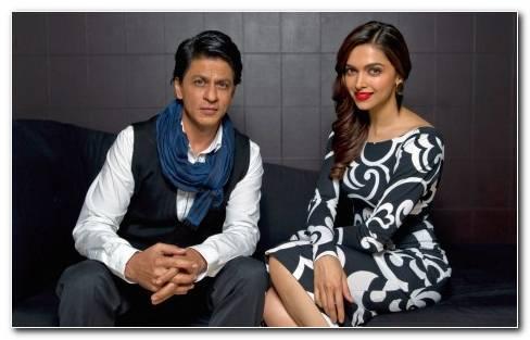 Shahrukh Khan Deepika Padukone 2560x1600