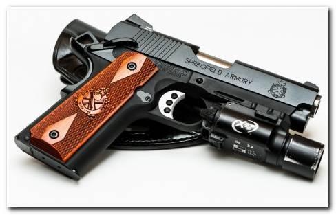 Springfield Armory Pistol Wallpaper