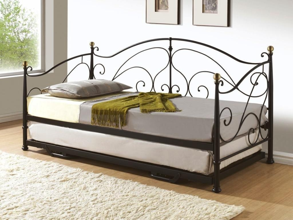 Daybed Frame With Pop Up Trundle
