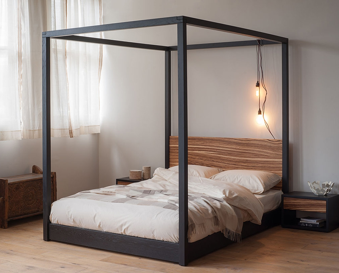 Metal Frame Four Poster Bed