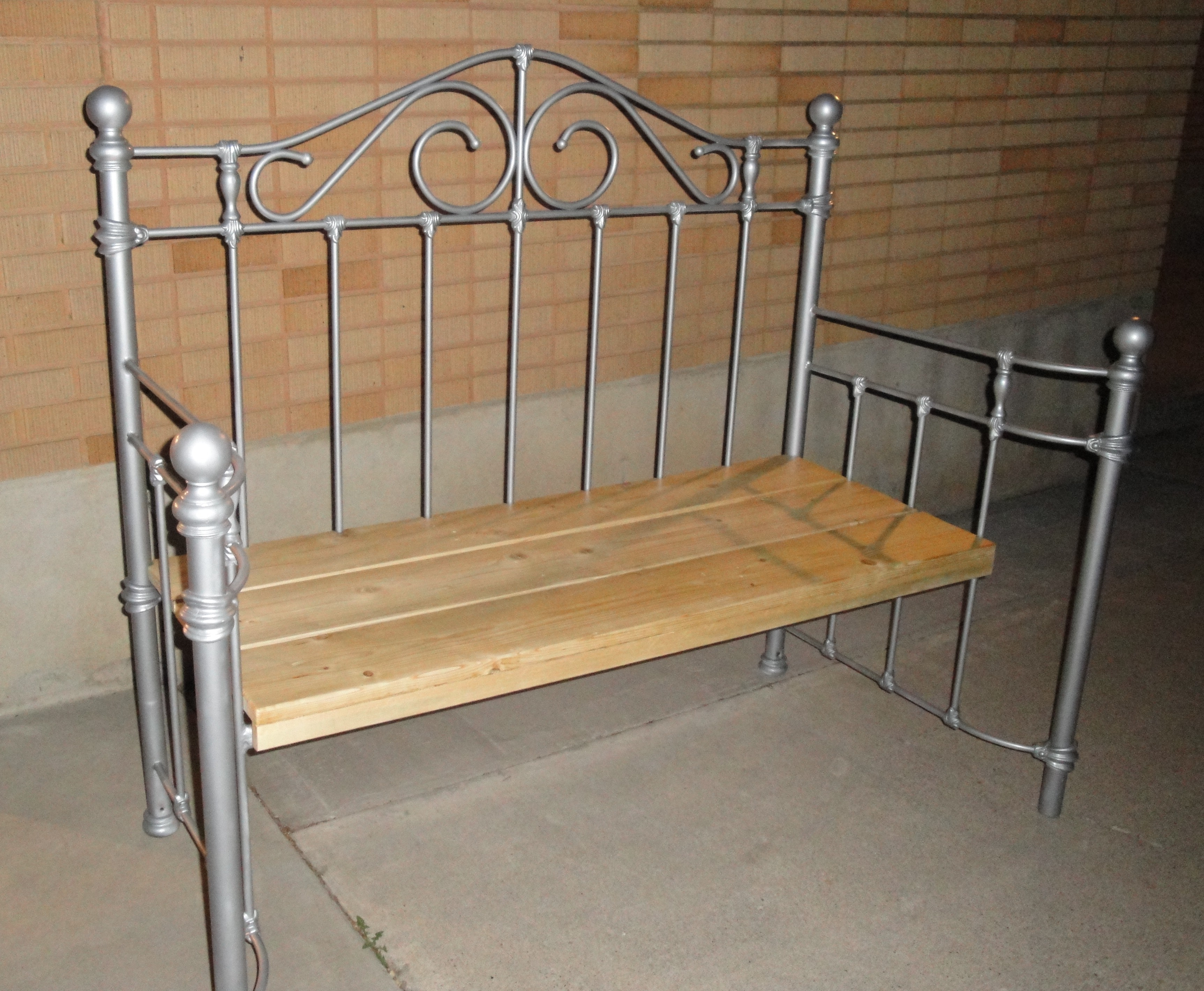 Old Metal Bed Frame Ideasturn a rusty old headboard and footboard of a bed into a garden