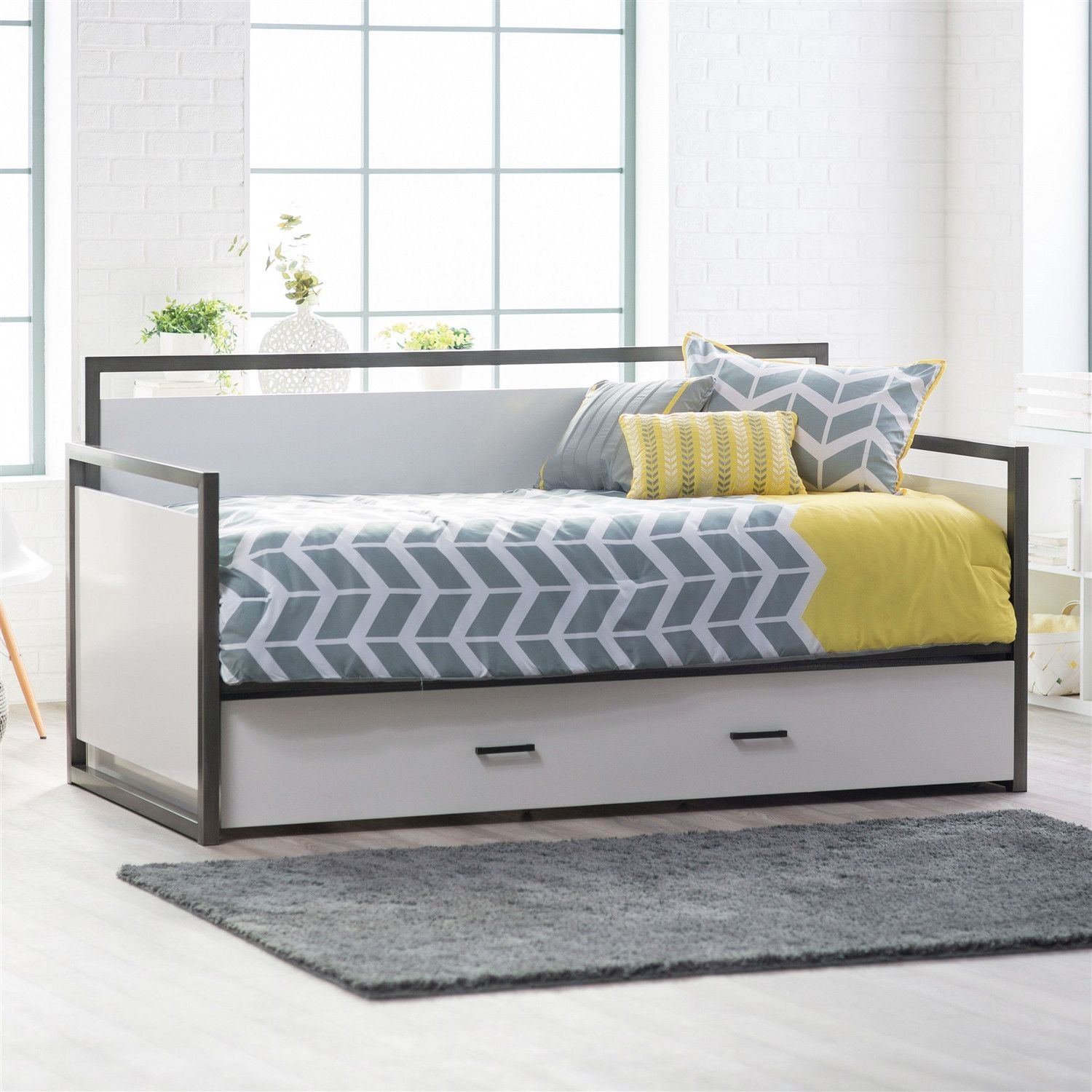 Pull Out Trundle Bed Frame