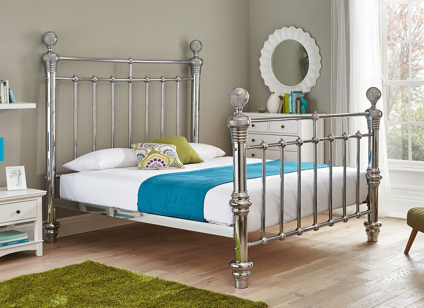 White Metal Super King Size Bed Frame