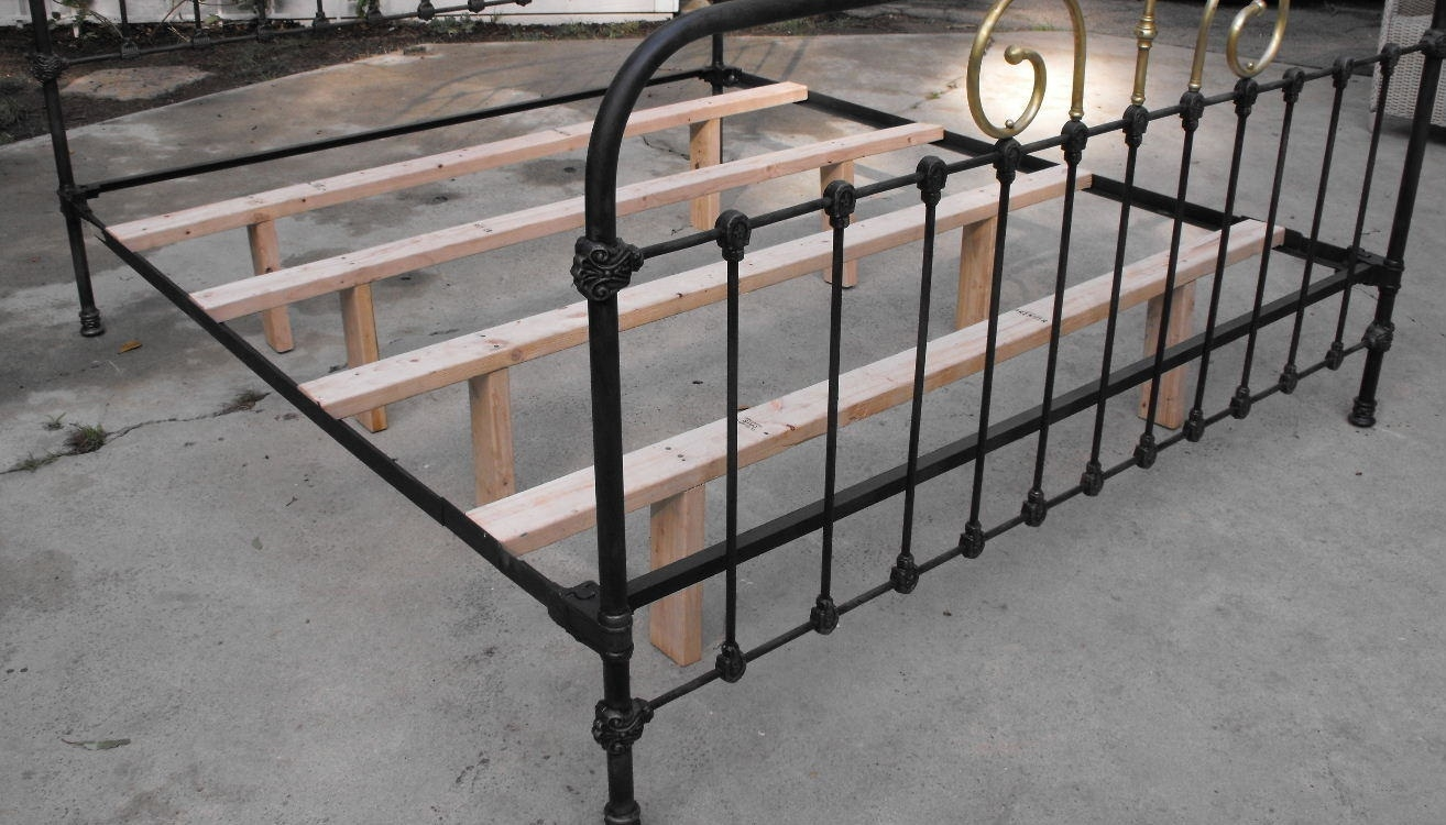 Antique Metal Bed Frames