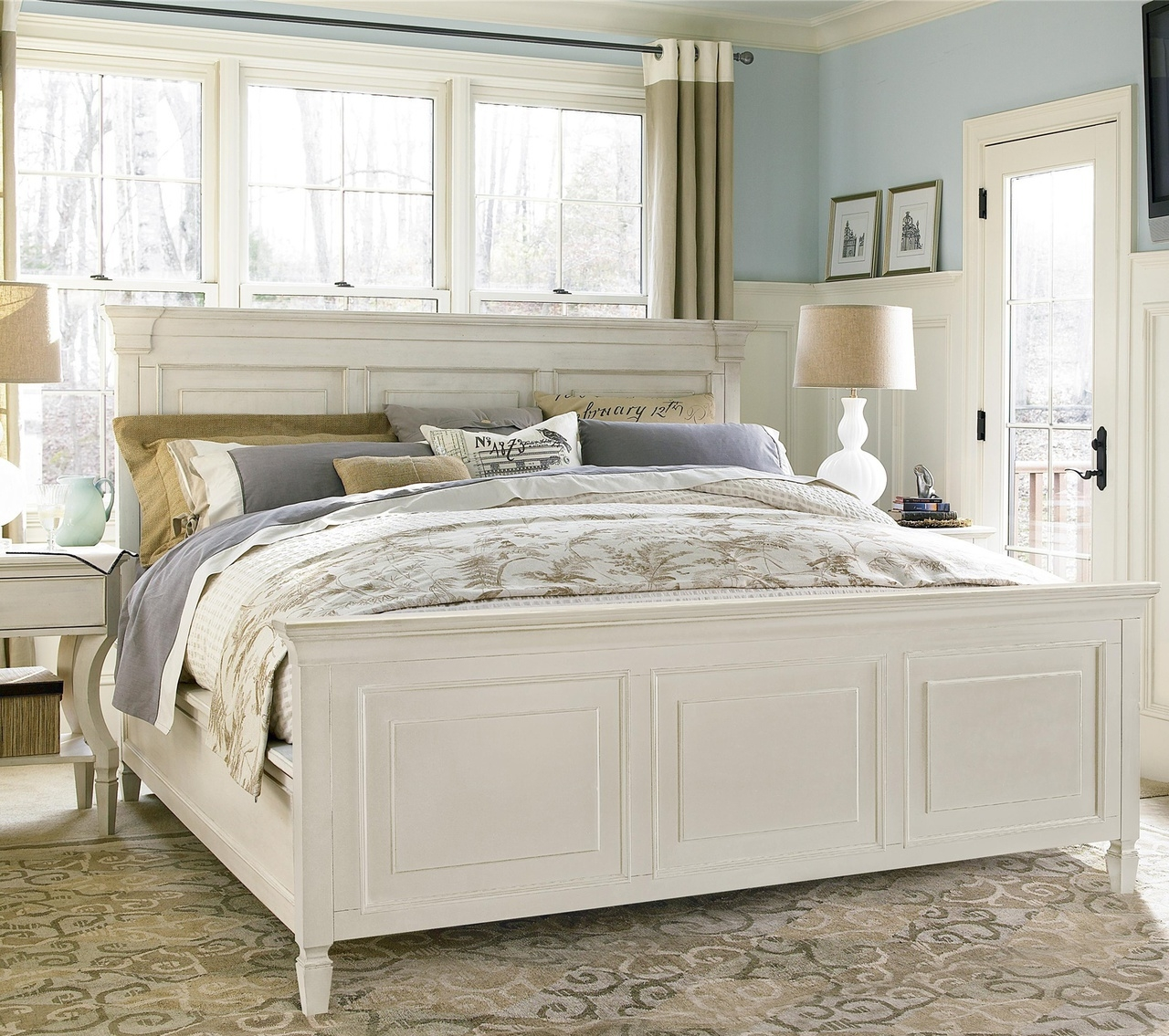 Distressed White Queen Bed Frame1280 X 1135
