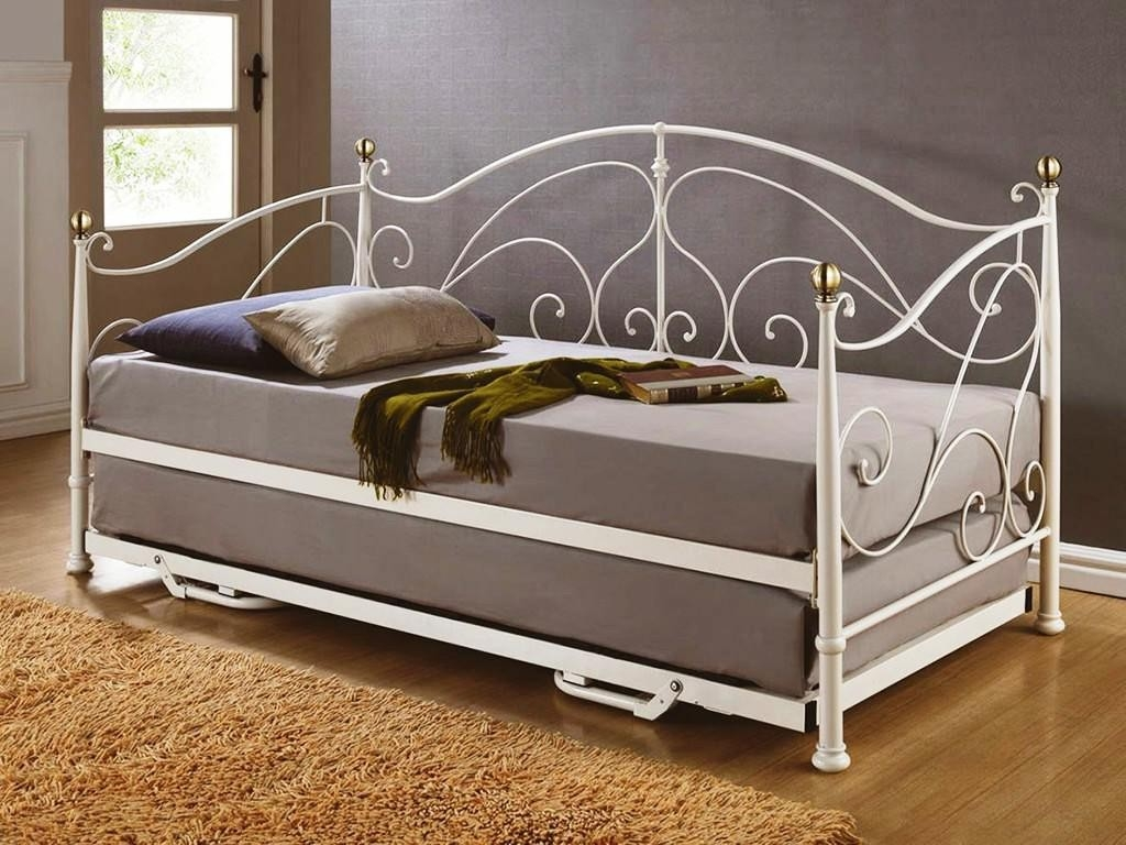 Full Mattress Daybed Frame