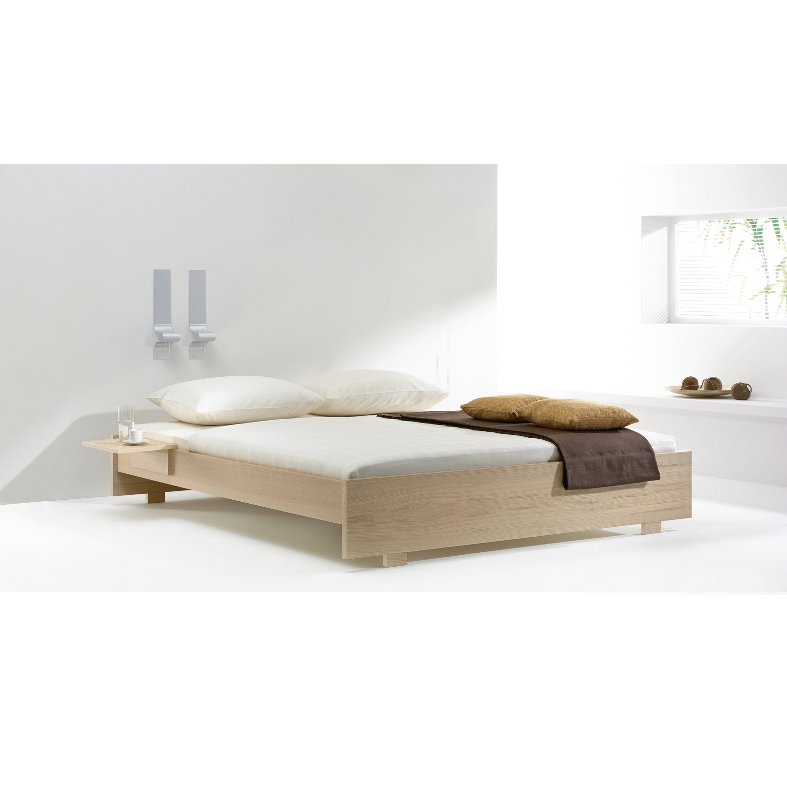 Low To Ground Queen Bed Frame1600 X 1600