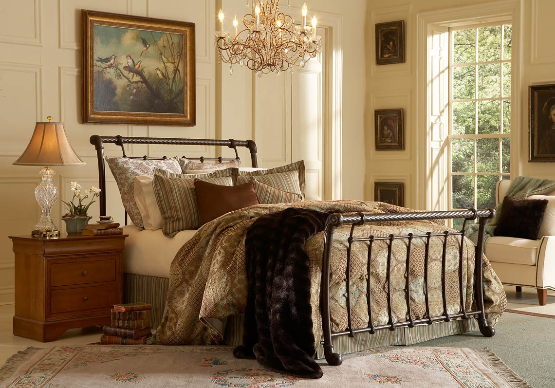 Metal Sleigh Bed Frames