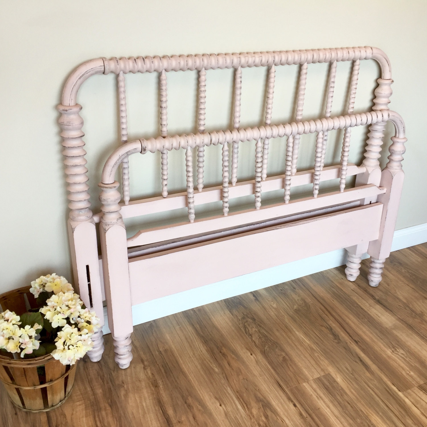 Pictures Of Antique Bed Frames