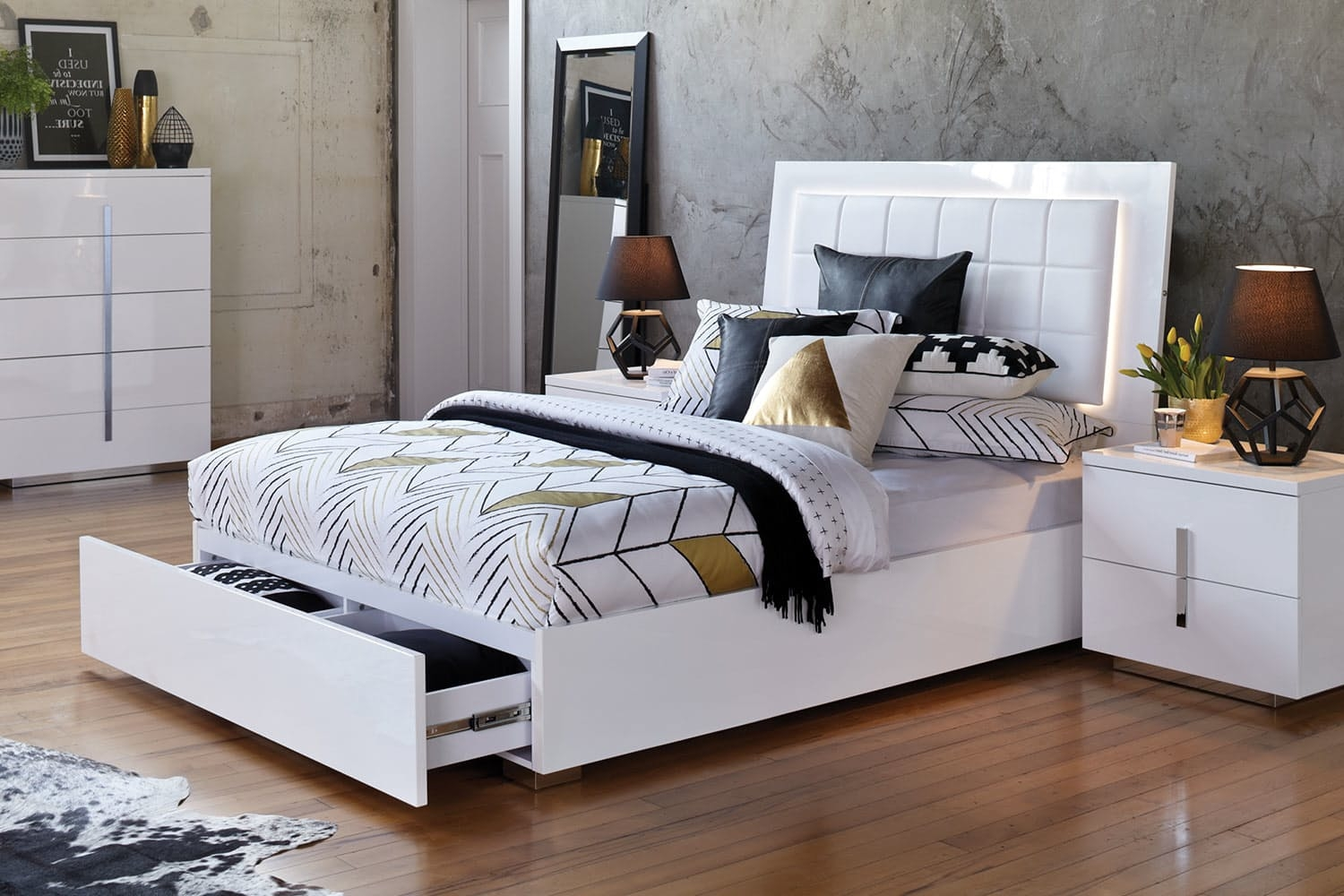 Permalink to Queen Bed Frames For Small Rooms