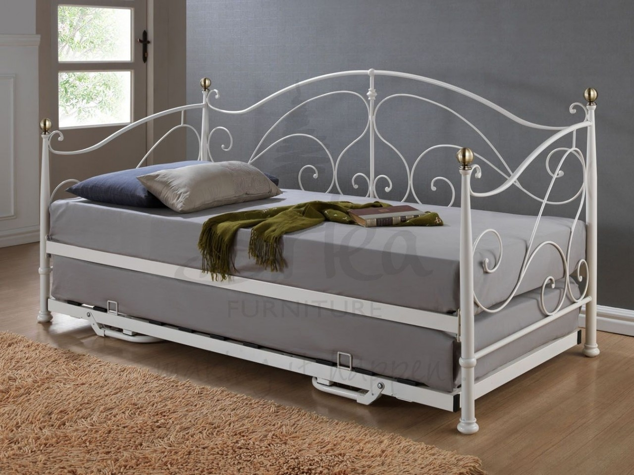 White Metal Trundle Bed Frame