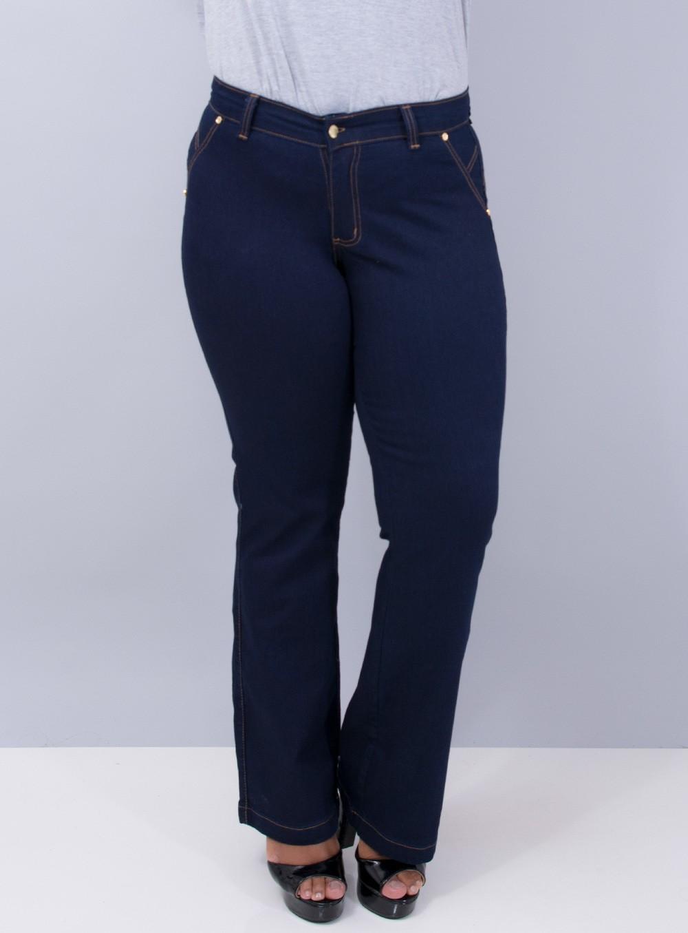 Calça Jeans Flare com Detalhes em Aplicação e Bordado nos Bolsos ref. TN2701