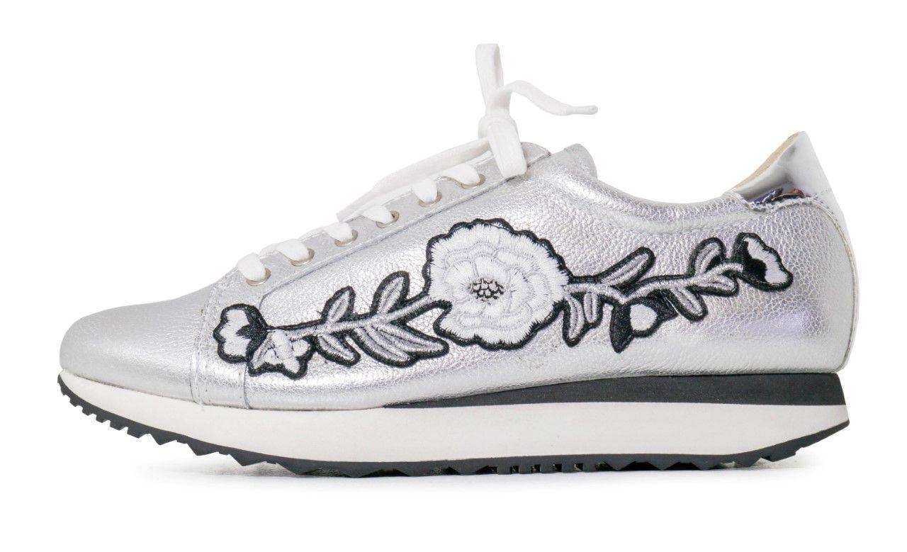 Tênis Conceito Fashion Prata Floral