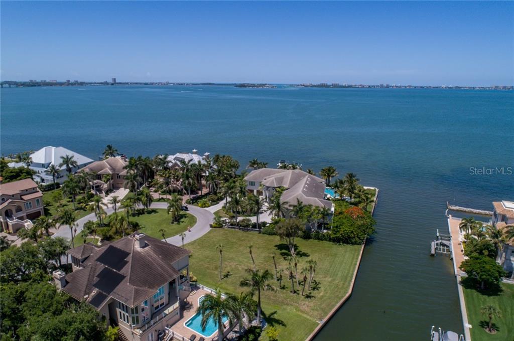 935 Whitakers Ln Sarasota Florida 34236