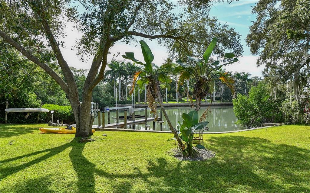 Lot 1570  HILLVIEW DRIVE , SARASOTA for sale - mls# A4420852