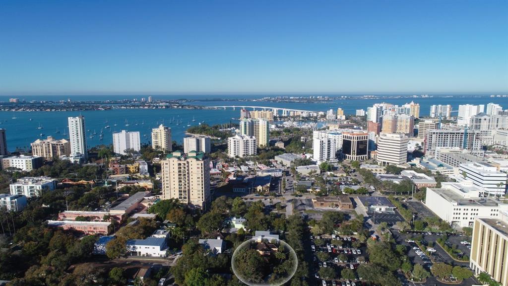 1664 Dolphin St Sarasota Florida 34236