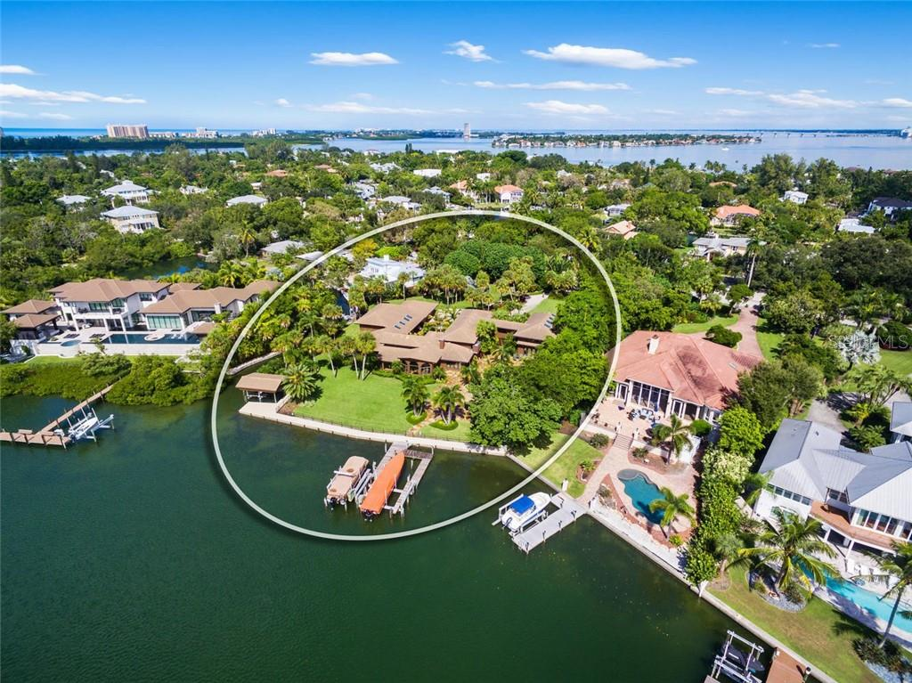 Home For Sale at 684 Freeling Dr Sarasota Florida 34242, by Berkshire Hathaway HomeServices Florida Realty Realtor Bev Murray
