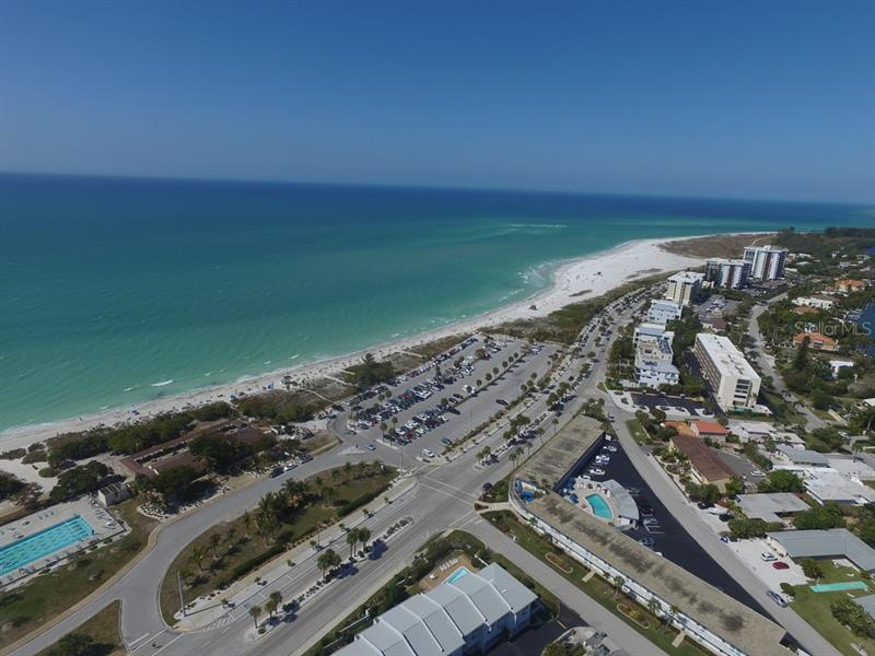 Condominium 722 S BOULEVARD OF THE PRESIDENTS  , SARASOTA for sale - mls# A4149643