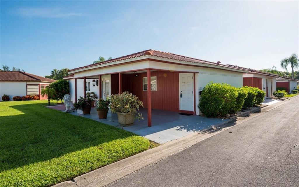 195 Vista Hermosa Cir #9-A Sarasota Florida 34242