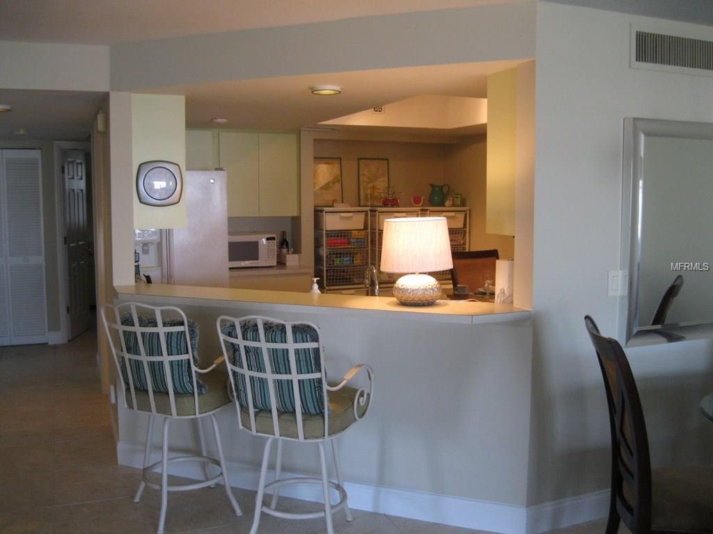 Condo 9070  MIDNIGHT PASS ROAD , SARASOTA for sale - mls# A4203540