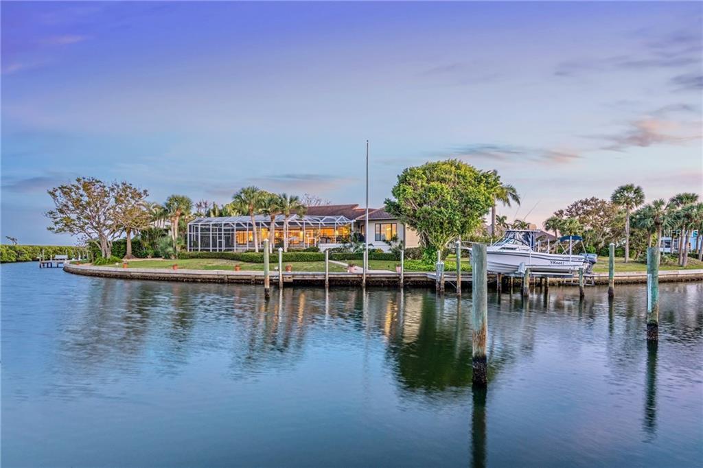 1640 Harbor Cay Ln Longboat Key Florida 34228