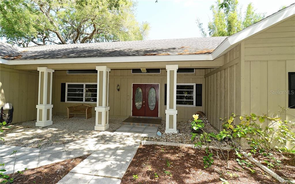 1631 Spring Creek Dr Sarasota Florida 34239