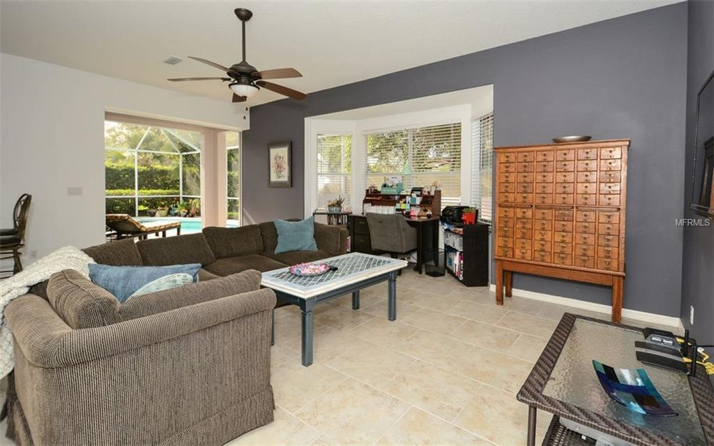 Single Family Home 8624  GREAT MEADOW DRIVE , SARASOTA for sale - mls# A4212139